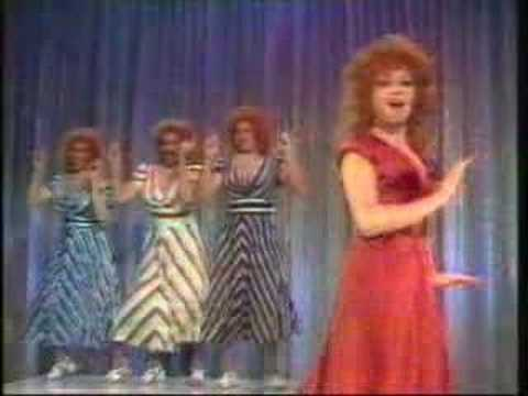 Elaine Paige - Boogie Woogie Bugle Boy of Company B