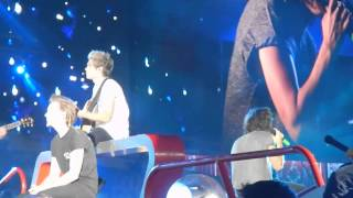 One Direction - Little Things Live @ Sun Bowl Stadium in El Paso, TX