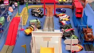 Tomica CARS 2 Big Loader Railway Playset WGP Mack Truck with Mater Disney Pixar Takara Tomy Track thumbnail