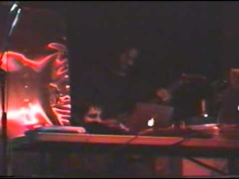 Telefon Tel Aviv performing live in Detroit, June 14, 2001