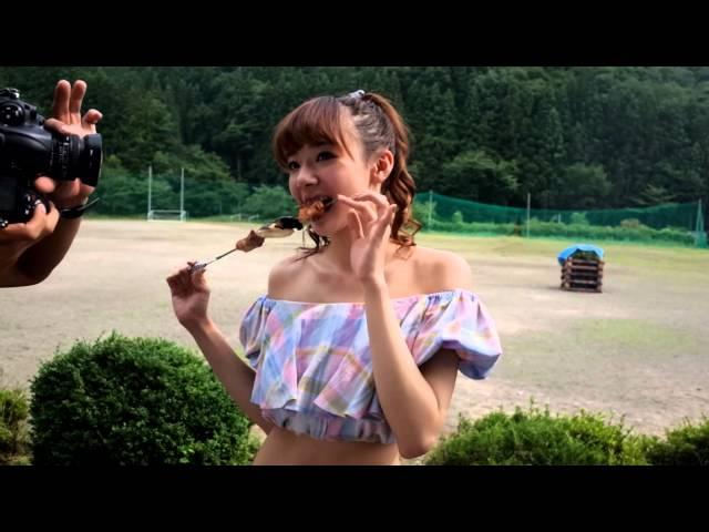 岡田紗佳、現役『non-no』モデルの美くびれグラマラスBODY!【ヤンマガ40号】