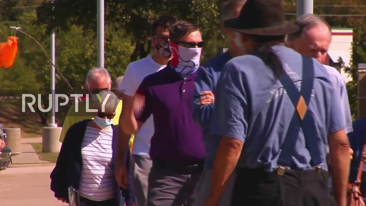 USA: Long queues form as early voting kicks off in Texas