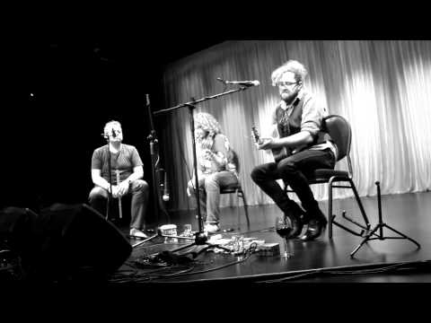 APPLE OF MY EYE - ALAN DOHERTY, TOLA CUSTY + GERRY PAUL