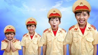 Kids Go to School Pretend Play Police Learn Colors with Potato Snack! Educational Video for kids