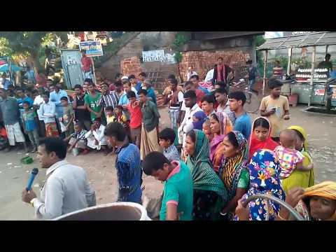 গ্রাম বাংলায় সেক্সি মেয়ে হকার কি বলে দেখুন