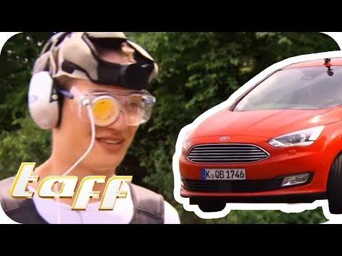 Dieser HANGOVER-ANZUG simuliert AUTOFAHREN mit RESTALKOHOL | taff | ProSieben