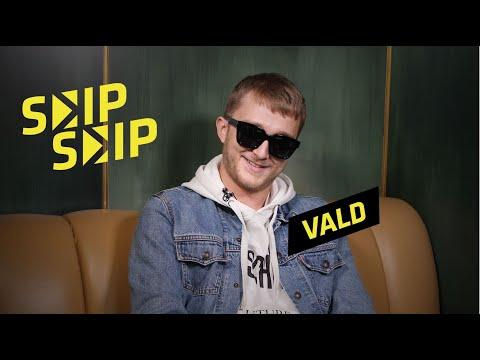 Youtube: VALD:«Avec SCH, on s'est vus trois jours de suite en studio» | SKIP SKIP
