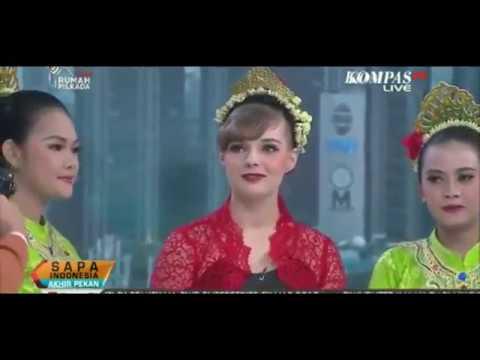 Jaipong Dance Daun Pulus Marina (Ukraine) And SMK Pasundan 1 Bandung