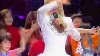 Otra actuación de XUXA en los Premios TP 1990, en Telecinco.Esta ve...
