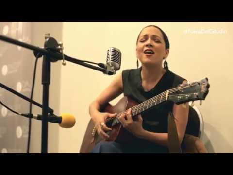 Natalia Lafourcade - Hasta la raíz | Fuera Del Estudio