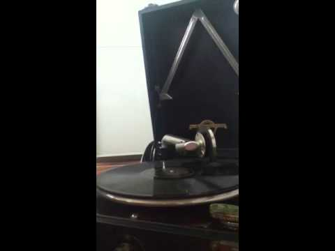Fred Waring America The Beautiful 78rpm