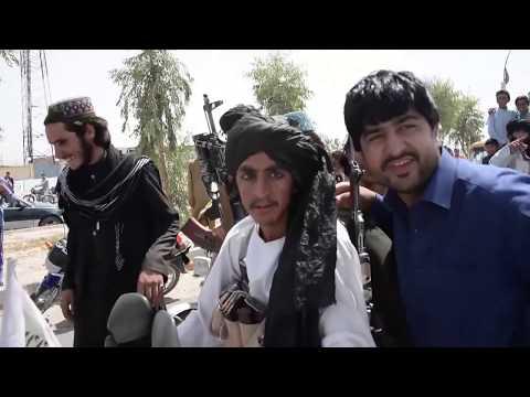 В Афганистане маленькие мальчики используются, как секс-работники.