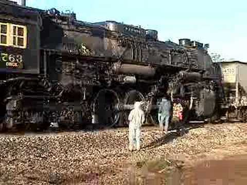 NKP 763 engine @ Portsmouth Ohio towed to Railroad museum - YouTube