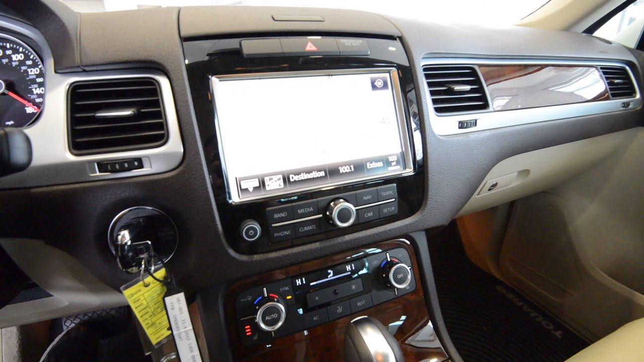demo 2012 volkswagen touareg tdi lux diesel stk 3348. Black Bedroom Furniture Sets. Home Design Ideas