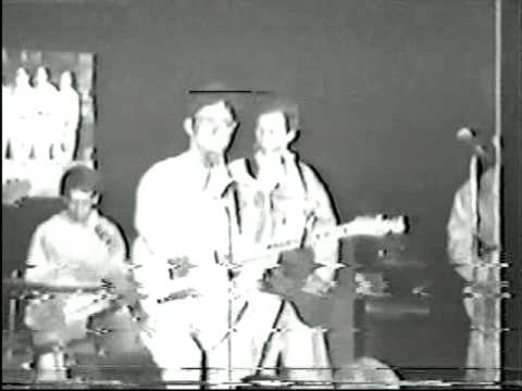 DEVO - Satisfaction - live 1977