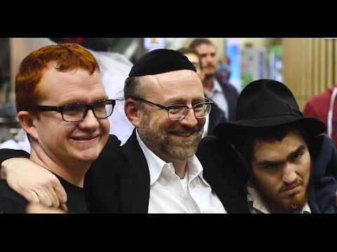 Chai Lifeline: Wish at the Wall arrival 2016