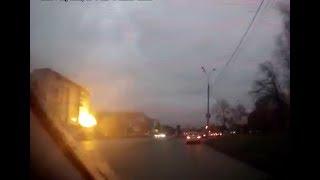 Момент взрыва и обрушения дома в Ижевске.Видео с регистратора.