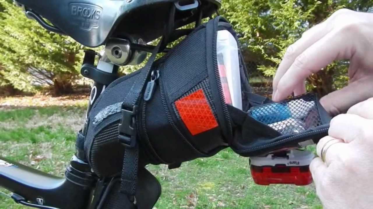 TOPEAK AERO WEDGE DX MEDIUM BLACK BICYCLE SEAT SADDLE BAG WITH MOUNT