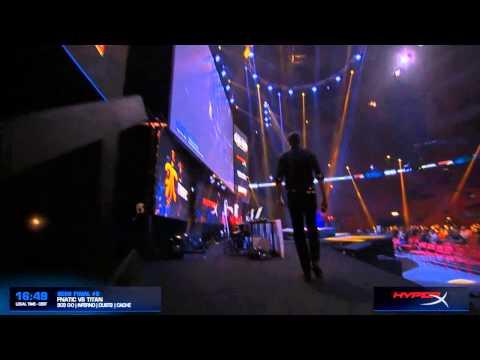 Semmler Falls On Stage - DreamHack Stockholm