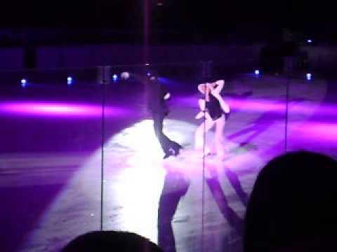 Классное выступление  Татьяны Навка и Романа Костомарова под песню Майкла Джексона Smooth Criminal