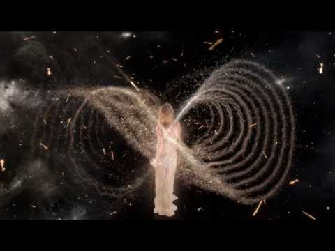 360° Film: Kate Moss & Scent Of A Dream | Charlotte Tilbury