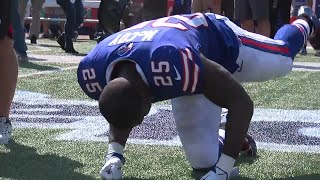 LeSean McCoy kneels, sits, stretches during national anthem