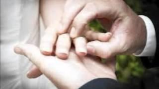 detik detik ciuman mesra chelsea glenn di altar pernikahan1