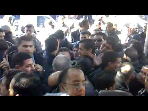 2n Video: today police besieging lawyers in Tunis befor ...