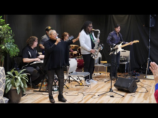 TIME IS TIGHT (SPIRITUAL VERSION) Booker T & The MG's