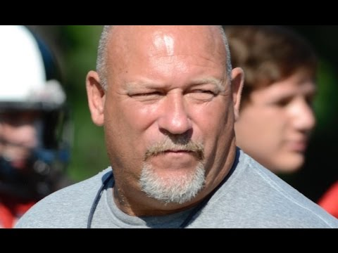 Signal Mountain football coach Bill Price retires