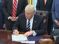 Trump signs bill undoing oil, gas reporting rule