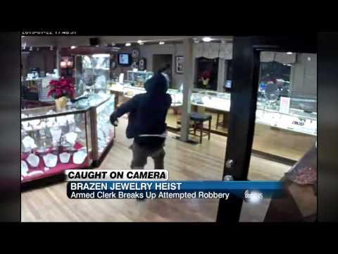 Brazen Jewelry Heist In Texas