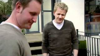 Making Home Made Beer - Gordon Ramsay with Foxy Games