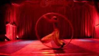 Roue cyr act by Constantin 311 / www.maximaaa.com