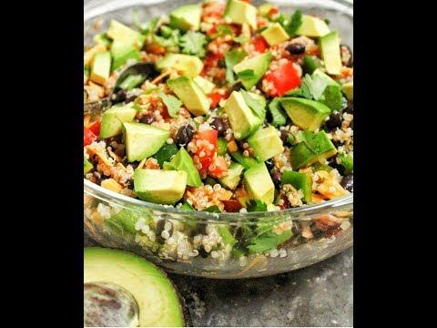 Mediterrane Quinoa Bowl Mediterranean Quinoa Bowl Mediteranska Kinoa Salata