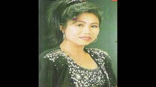 Miss.  Phouvieng Vathavisack  ພູວຽງ ວາດທະວີສັກ  ສິລປິນ ລາວ Laos