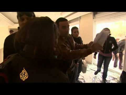 Tunisia's ex-president's homes looted