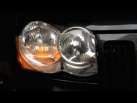 How To Jeep Grand Cherokee Headlight Bulb Replacement