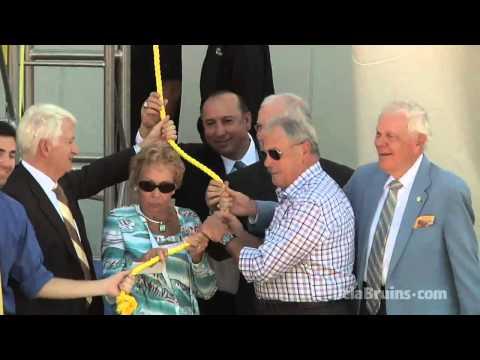 UCLA Unveils John R. Wooden Statue