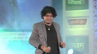 Pramod Kharel Performances At Bindabasini Music Award 2072 || Ma Bina And Jhumkawali
