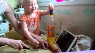 Рецепт, круассаны с сыром. Готовим с детьми. Recipe, croissants with cheese. Cooking with the kids.(Вовлекаем ребёнка в процесс приготовления еды, ребёнок что может, то поможет )) или просто развлечет маму..., 2015-10-25T11:42:06.000Z)