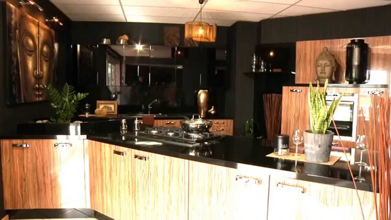 cuisines di marco cuisiniste eysines pr s de bordeaux youtube. Black Bedroom Furniture Sets. Home Design Ideas