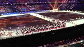 Выход сборной РОССИИ  (Открытия Олимпийских игр в Сочи 2014)(, 2014-02-11T09:59:53.000Z)