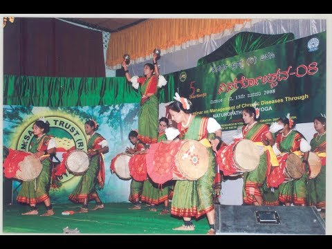 Dollu Kunitha - GO GREEN | SAVE CLIMATE-ENVIRONMENT-NATURE | Sujatha Murthy | Karnataka Folk Dance