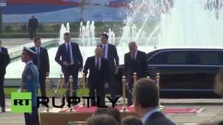 Serbia: Putin recieves prestigious welcome at Palace of Serbia