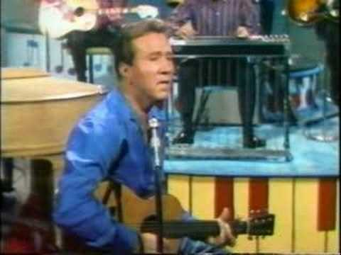 Marty Robbins Sings 'An Evening Prayer.'