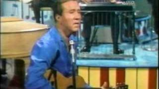 Watch Marty Robbins An Evening Prayer video