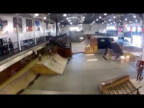 Vans Skatepark Orange County (California, USA)