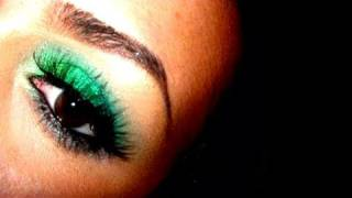 Sparkle-licious Acid Green Eyes
