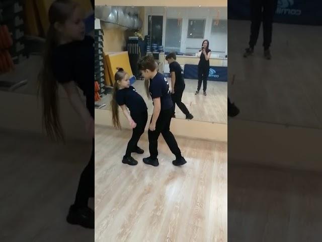 Уличные танцы. Работа в парах.